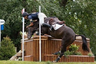 800px Tim price vortex refusal dairy mounds burghley 2009